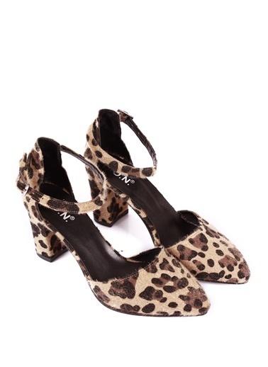 G.Ö.N. Ayakkabı Leopar